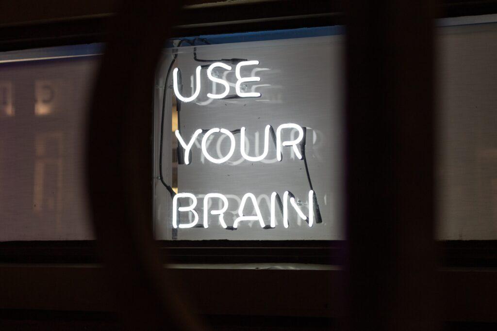 Leuchtschrift: use your brain