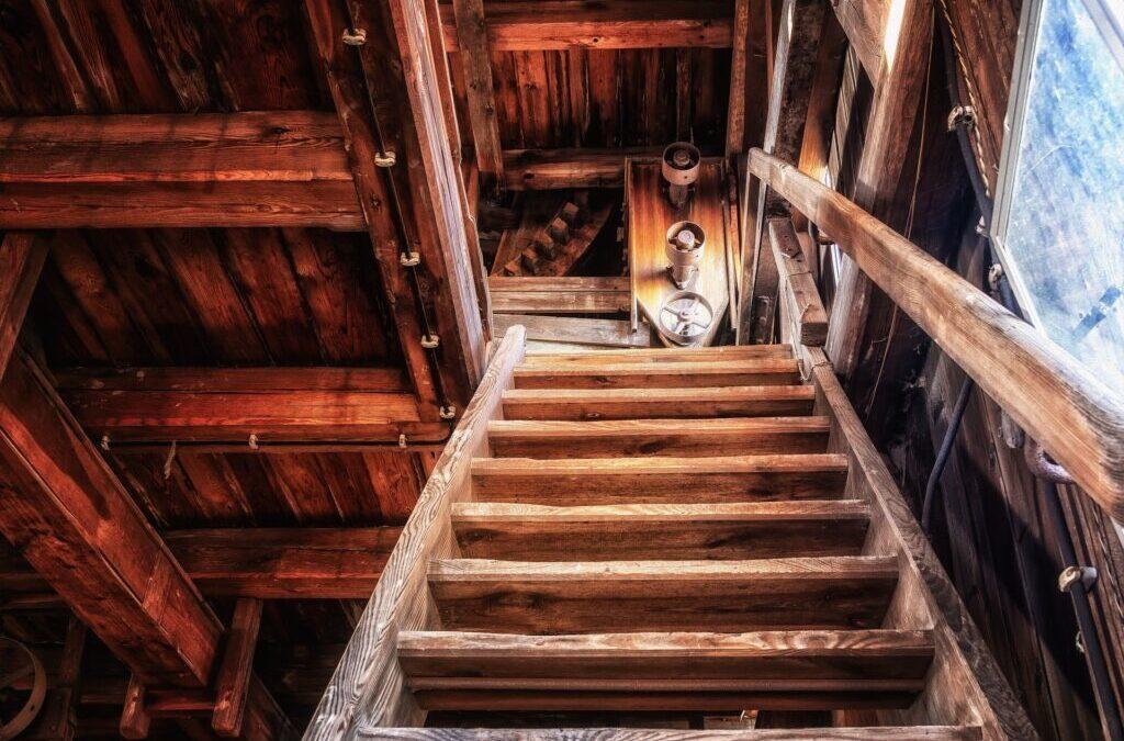 Mit einem Treppenlift länger Zuhause